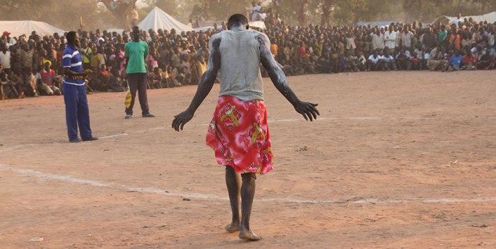 "Fotograma de la película ""Beats of the Antonov"", del director sudanés Hajooj Kuka."