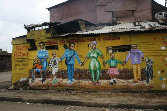 """""""Somos el cambio. Tenemos un cambio"""". Uno de los murales del Koch Festival. Imagen de Hoperaisers."""