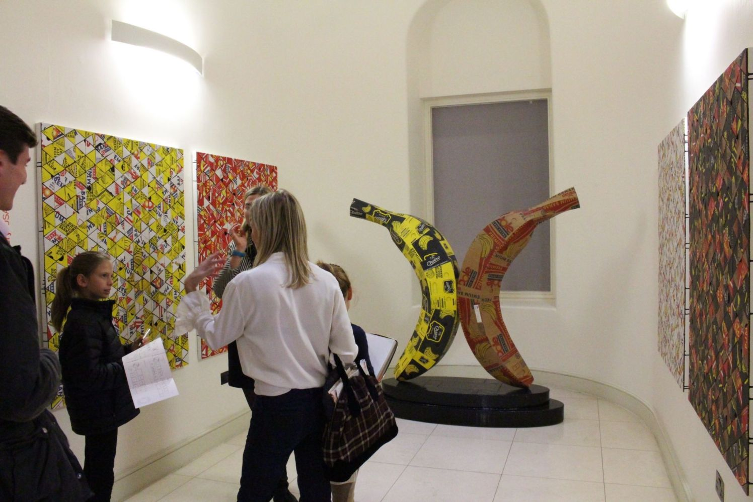 Jebila Okingwu en AXIS Gallery