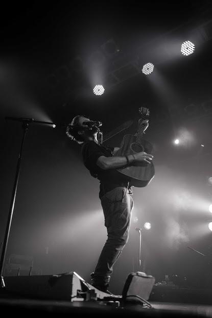 Jeremy Loops durante su concierto en Londres Foto: Dan Carter