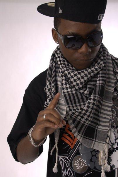 El rapero Black Bee. Imagen de Lhanger Photographer ®.