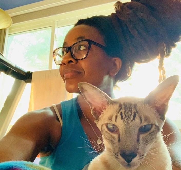 La escritora de literatura fantástica de origen nigeriano, Nnedi Okorafor. Fuente: Instagram de la autora