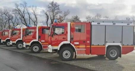 Die LF-KatS der Firma Rosenbauer, aufgebaut auf einem Mercedes-Benz Atego-Fahrgestell vom Typ1327 AF