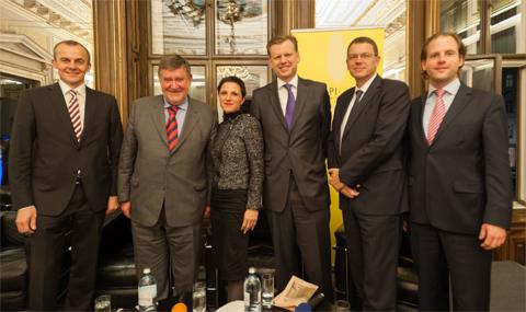 Rudolf Payer, Herbert Stepic, Karin Bauer, Clemens Hasenauer, Markus Richter und Klaus Linke