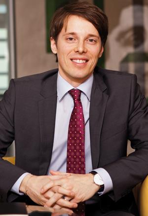Alexamder Rakosi, Partner