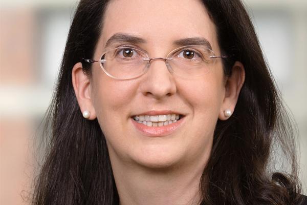 Dr. Maria Doralt
