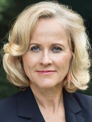 Dr.  Cattina Leitner