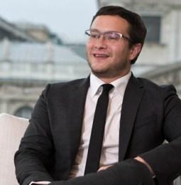 Anwälte die bewegen: Nino Tlapak