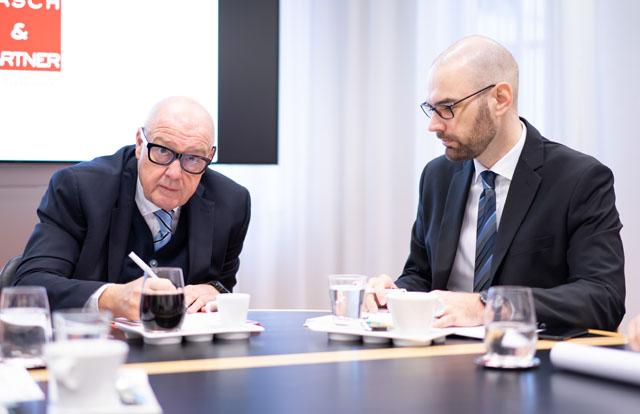 Die Redaktion hat bei Alexander Hasch und Johannes Wolfgruber nachgefragt