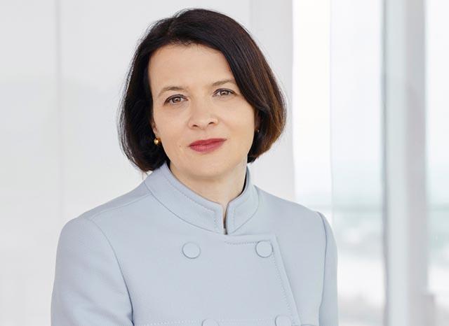 Elke Napokoj (Corporate/M&A-Partnerin)