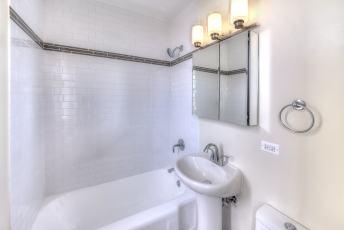 17A-3rd-Bath-1
