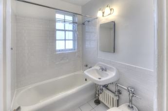 1201-Bath-1