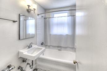 12W-Maid-bath-1