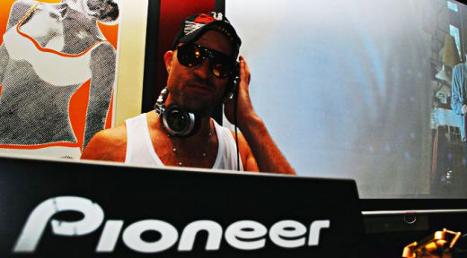 DJ Stewart Who? Djing
