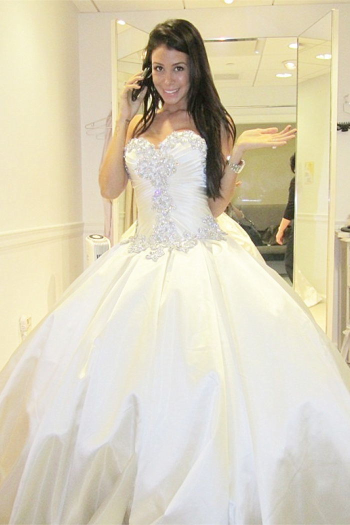 sweetheart ball gown plus size wedding dresses crystals beads chapel train princess wedding gowns bo9568 4