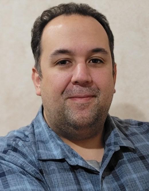 WISE Certification Scholarship Winner Derek Nunes, Phone Smart