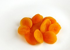 200 Calories of Dried Apricots