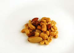 200 Calories of Salted Mixed Nuts