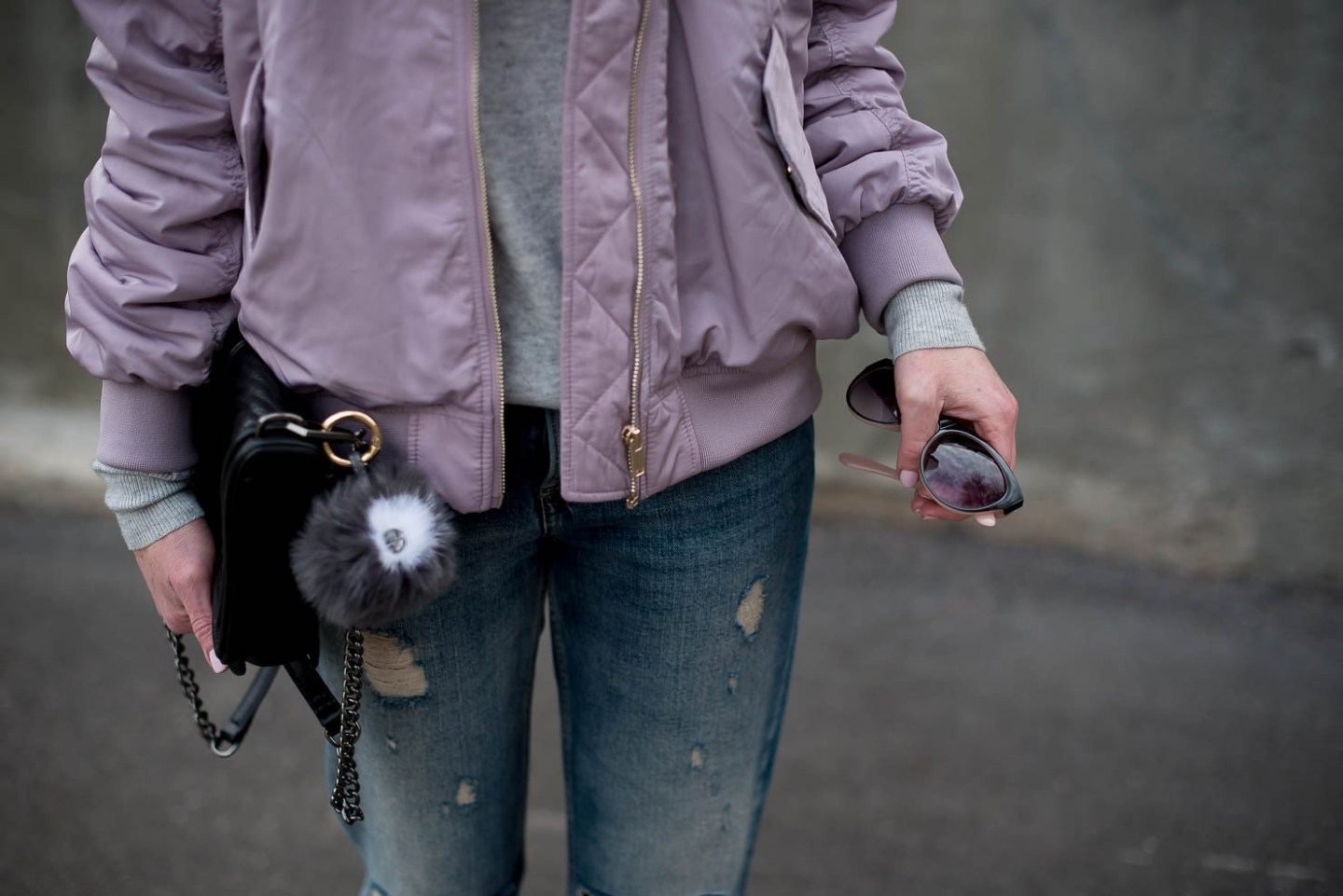 springs-hottest-jacket-muted-pastels-for-spring-2017-lavender-HM-bomber-jacket-spring-trends-2017-how-to-wear-white-heels