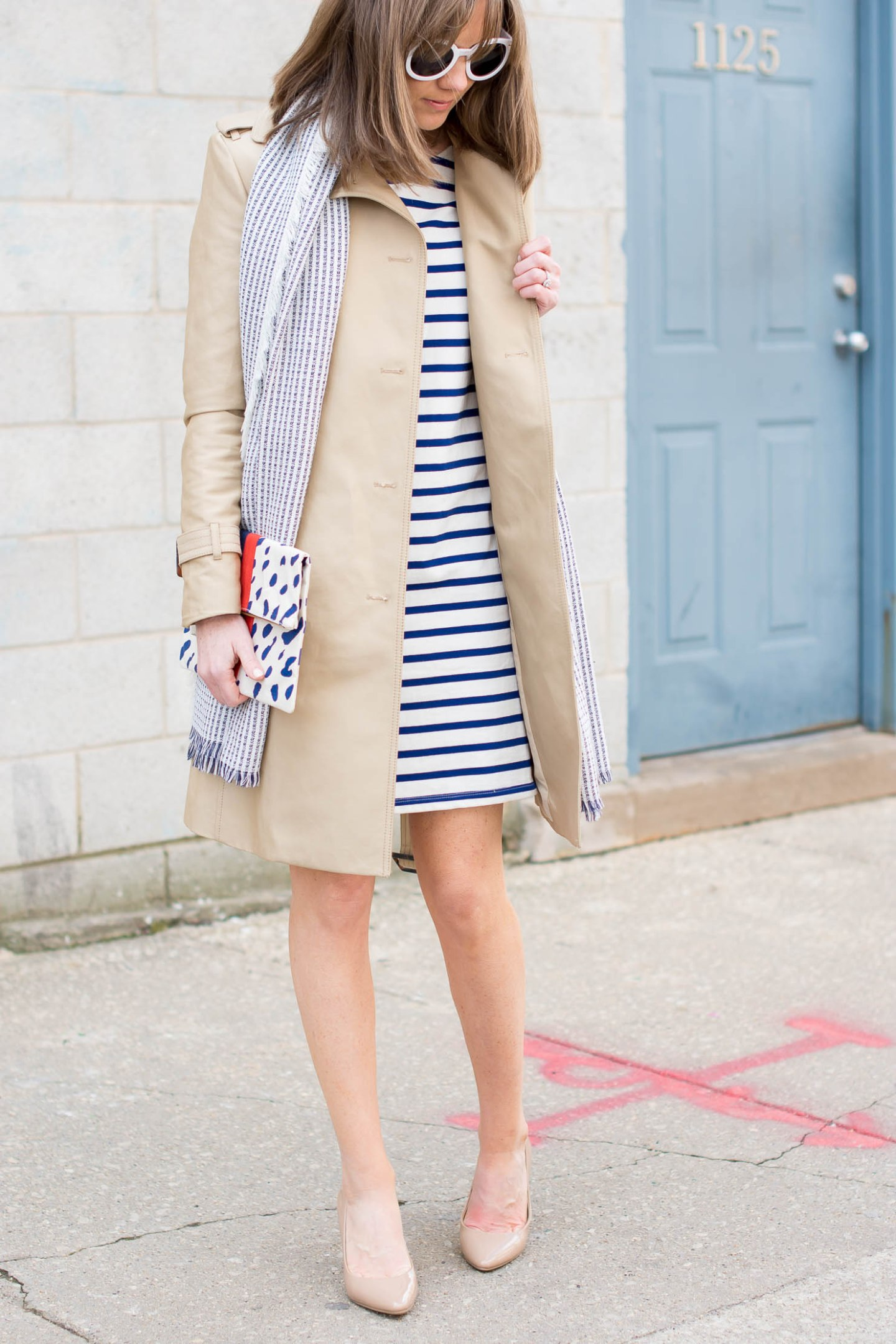 the-best-spring-trench-coats-breton-stripes-round-white-sunglasses-the-best-clutch-bag-spring-outfit-most-versatile-jacket