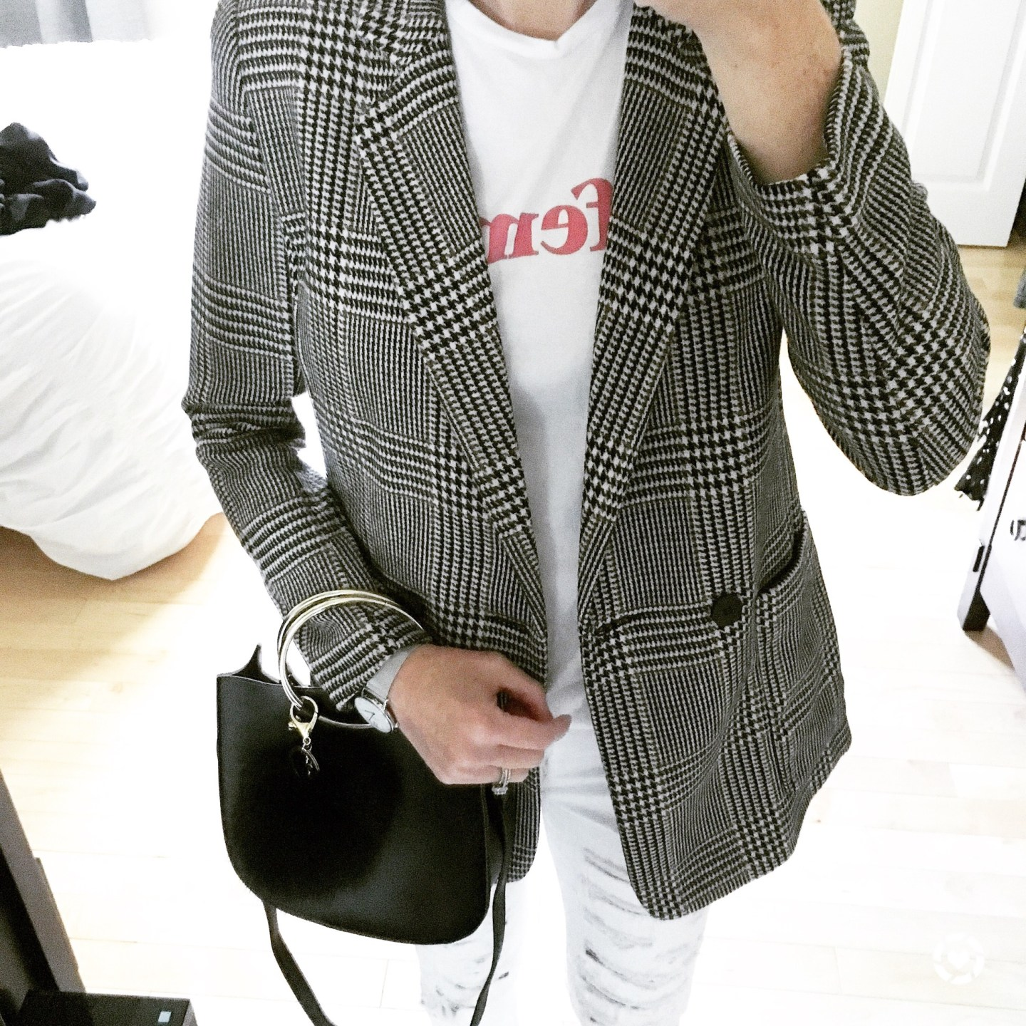 fall-fashion-my-favorite-fall-trend-the-plaid-blazer-life-lately-instagram-behind-the-scenes-falling-for-fall-fall-sales