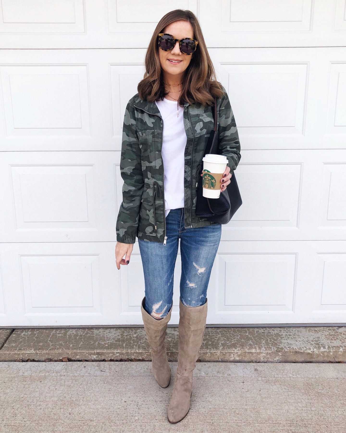 5 ways to style the camo field jacket, Old Navy Camo Field jacket, camouflage jacket, camo cargo jacket, casual outfit, mom style