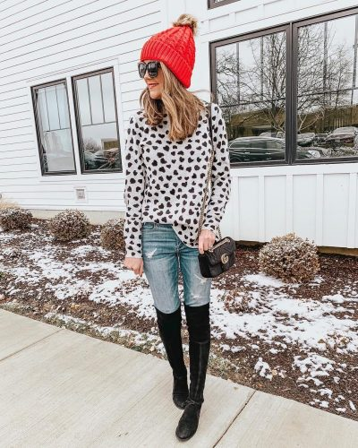 January's Top Ten, Loft heart mock neck sweater, casual Valentine's Day outfit, red pompom beanie, Gucci marmont dupe, Stuart Weitzman Lowland dupes