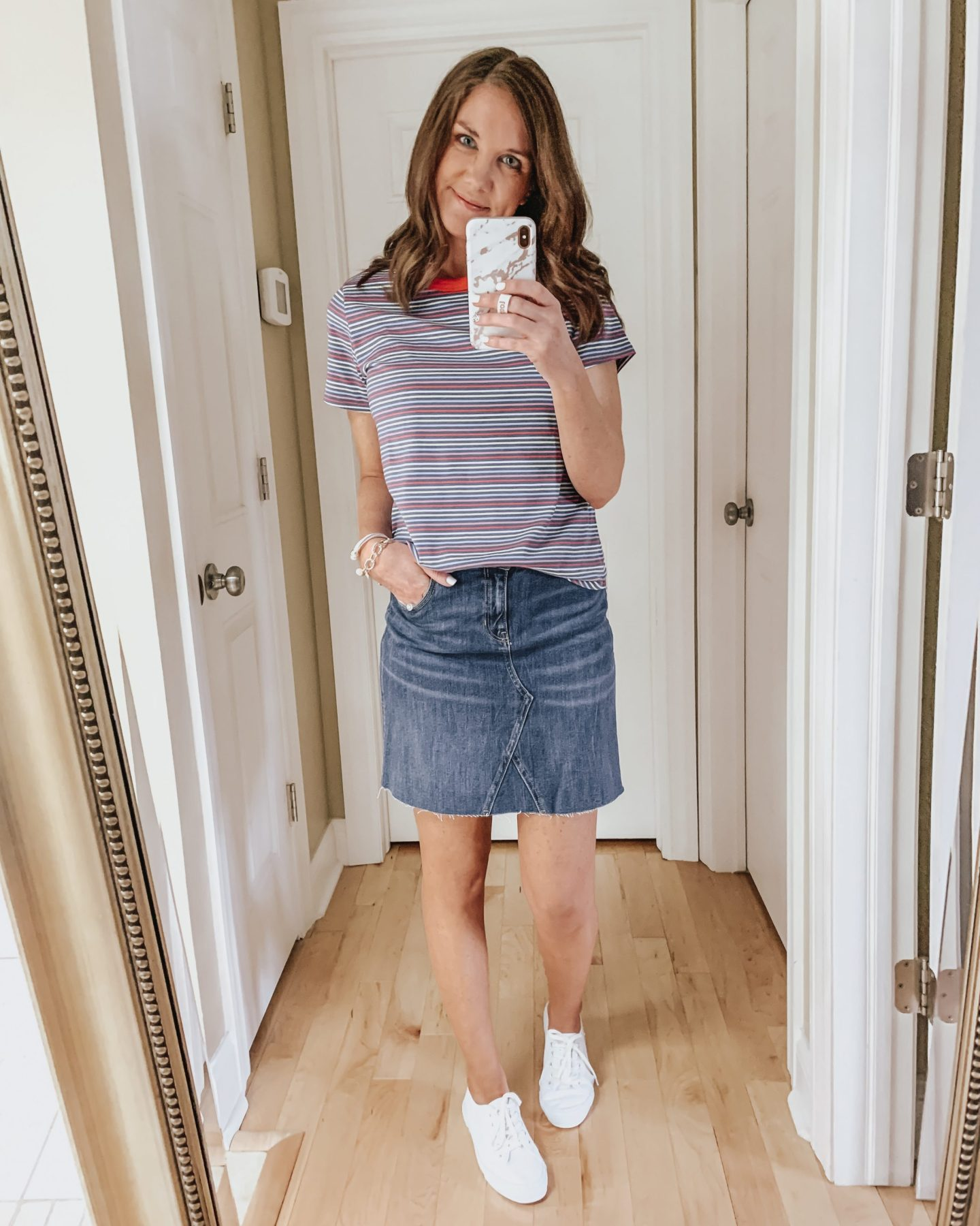 six ways to style a skirt, casual skirt outfit, sneakers