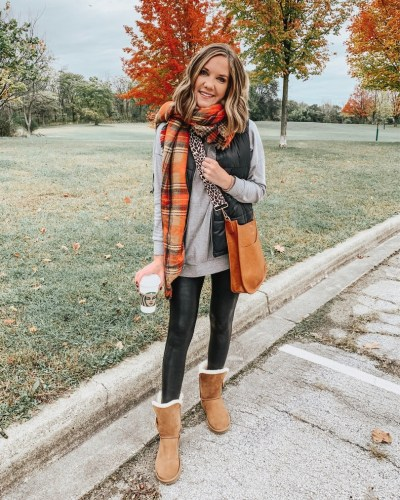 cozy-fall-outfit-ugg-boots-basic-style-puffer-vest