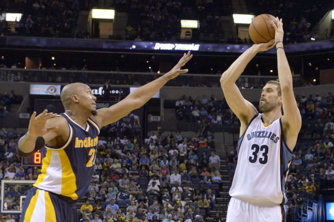 Marc Gasol, David West_132810