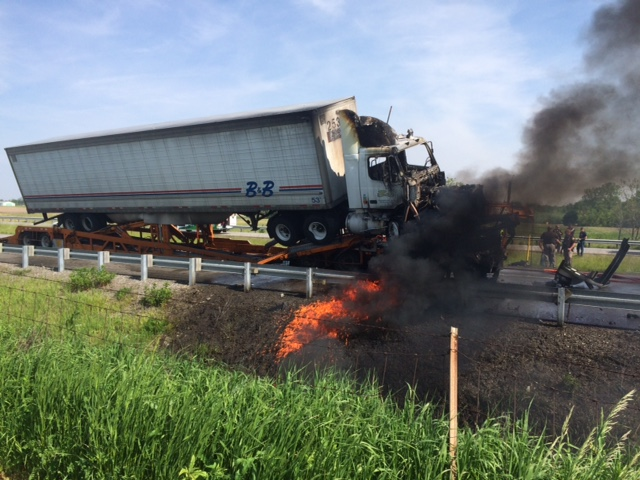 Columbua City semi fire_430022