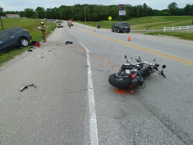 Motorcyclist crash1_436238