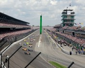 Indy 500 Momentum Auto Racing_646459