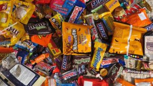 Program to provide military members, first responders Halloween candy