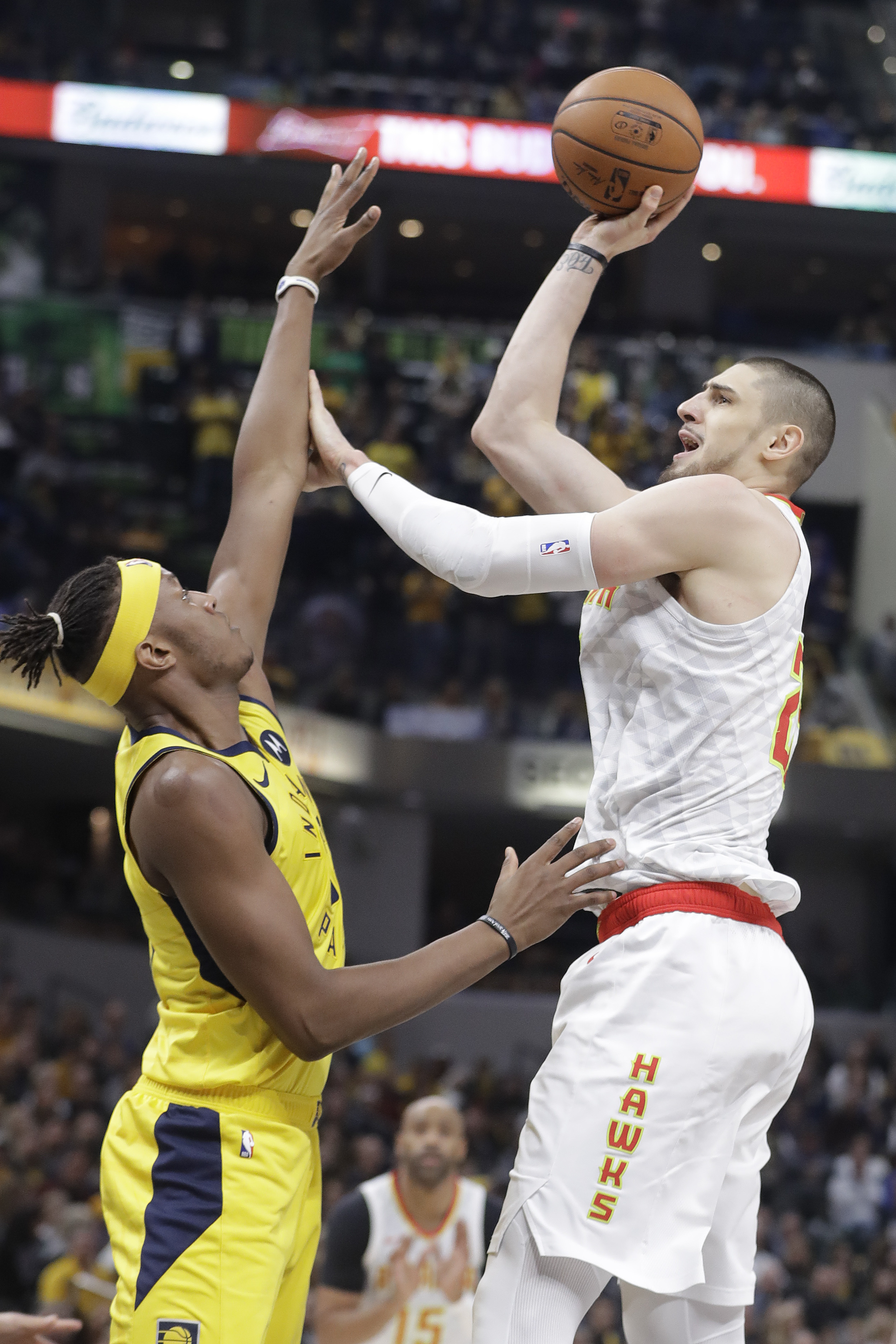 Hawks Pacers Basketball_1546296190652