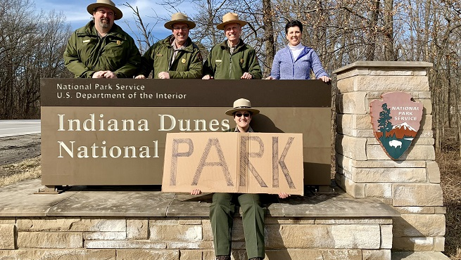 CROP Indiana Dunes National Park sign courtesy Indiana Dunes Twitter_1550272598217.jpg.jpg