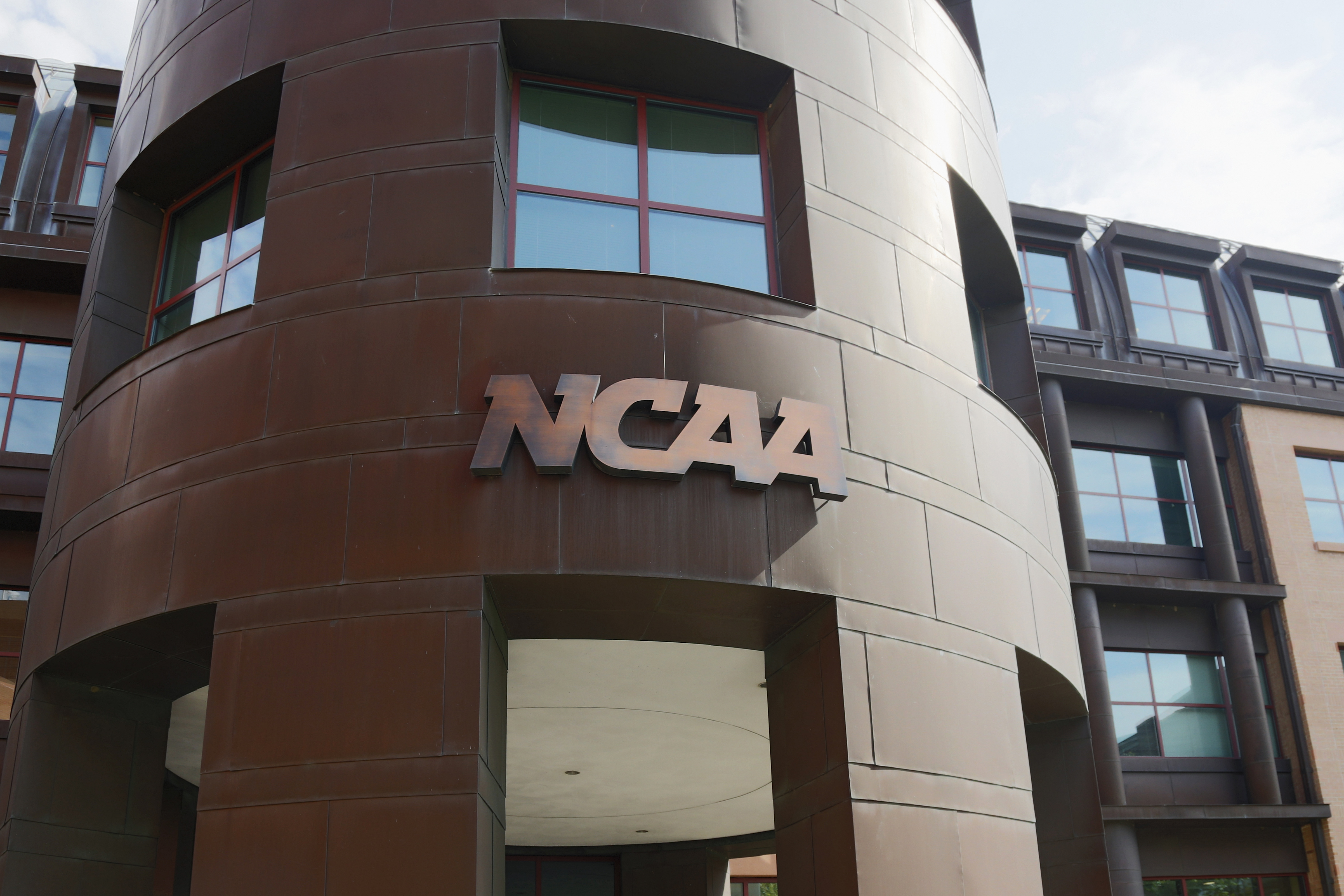 NCAA announces championship fan policy