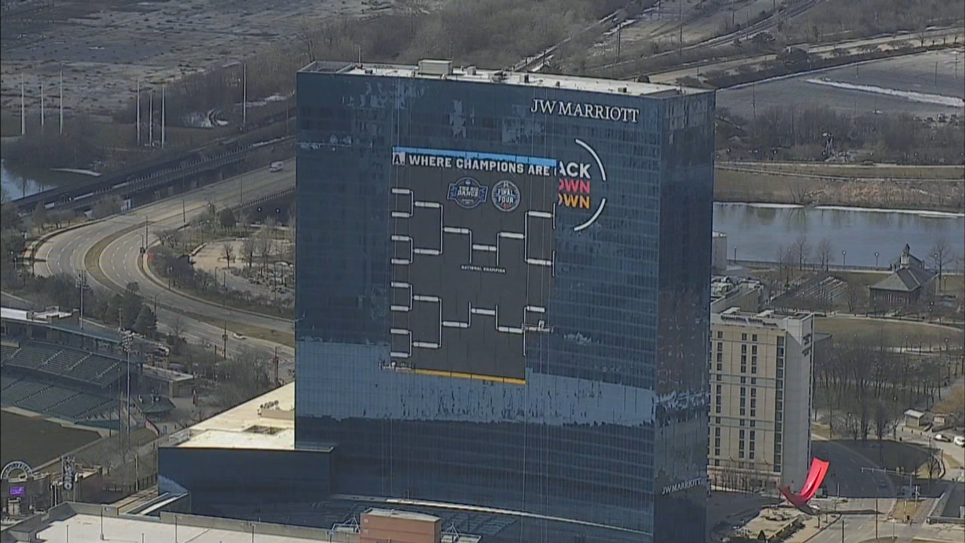 Meet the man behind giant March Madness bracket on downtown Indy hotel