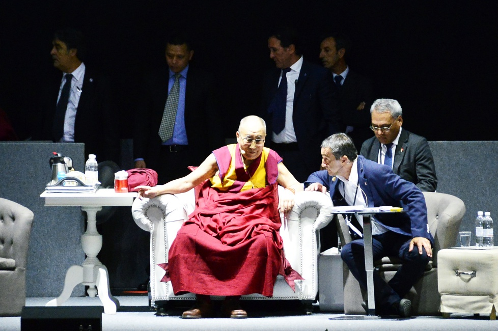 His Holiness the XIV Dalai Lama in Florence: «This must be the century of dialogue»