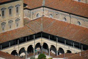 San Lorenzo - cloister - Florence