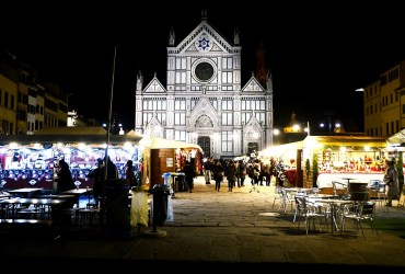 Santa Croce Weihnachtsmarkt, the international Christmas market of Florence