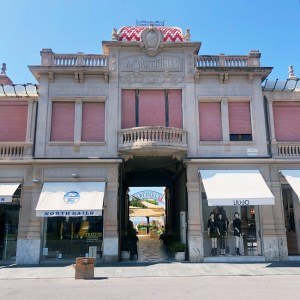 Viareggio Art Déco, chic decadence on the Versilia coast