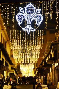 Streets of Florence at Christmas time - Ponte Vecchio