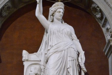 Lady Liberty's twin statue travels from Florence to New York