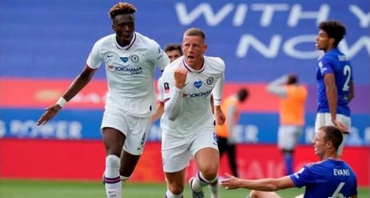 Barkley strike sees Blues through to FA Cup semi-final
