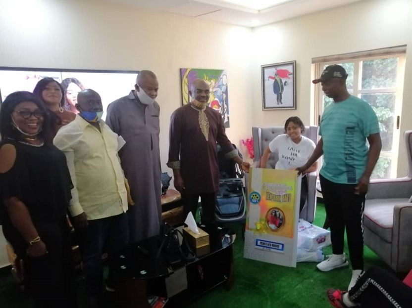 """Actors Guild of Nigeria visits Regina Daniels, names her baby """"Nollywood Baby of the year"""""""