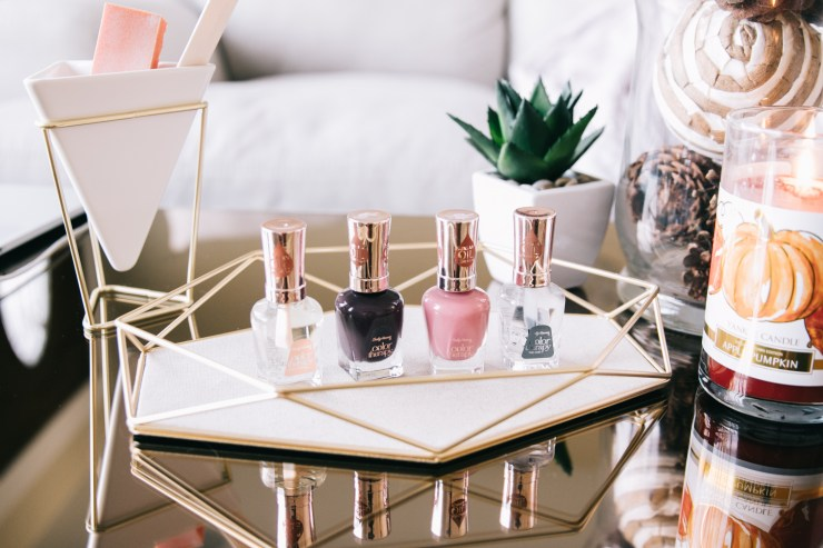 Get your nails holiday ready with shopkick and Sally Hansen Color Therapy