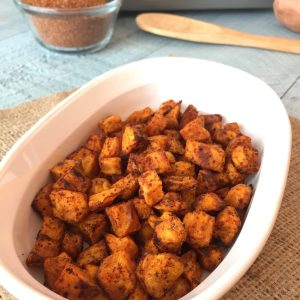 Easy Roasted Sweet Potato Bites | www.withpeanutbutterontop.com