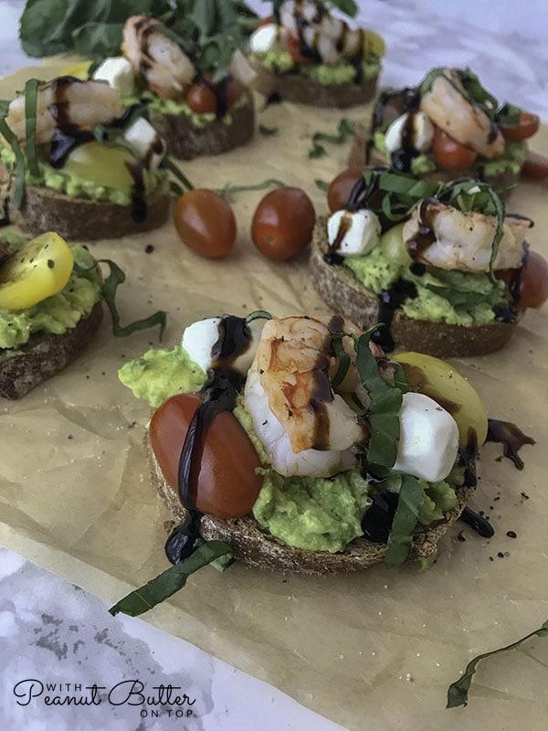 Lemon Shrimp and Avocado Caprese | www.withpeanutbutterontop.com
