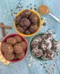 Got a sweet tooth craving that you can't kick? Need a healthy alternative to do so? Then try these No-Bake Oatmeal Energy Bites! Three delicious flavors to choose from that are easy and kid-friendly! #mealprep #proteinbites #energybites #oatmeal #nobake | https://withpeanutbutterontop.com
